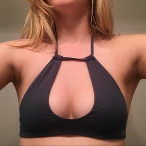 Bettinis keyhole bathing suit top